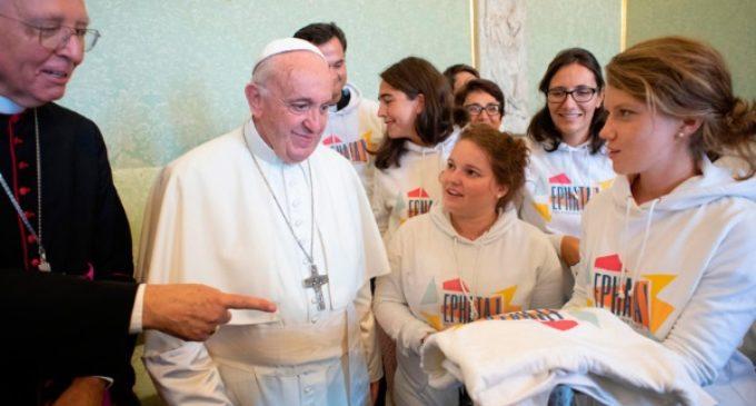 El Papa: «El sexo es un regalo de Dios»