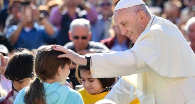 El Papa, sin eufemismos, sobre el aborto: «supone quitar la vida a un niño»