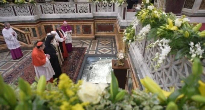 El Papa en la clausura de la Semana de Oración por la Unidad de los Cristianos: La unidad se hace en camino