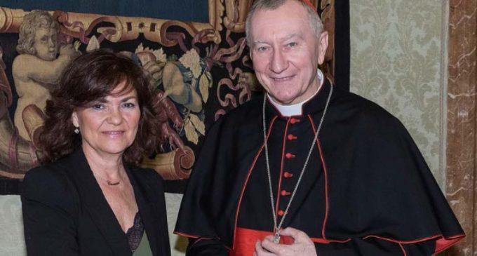 Parolin a Carmen Calvo: el Vaticano no se opone a la exhumación de Franco