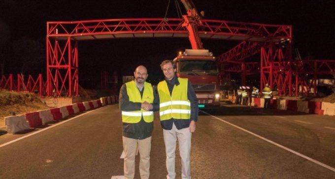 Nueva pasarela para reforzar la seguridad vial de las carreteras de la Comunidad de Madrid