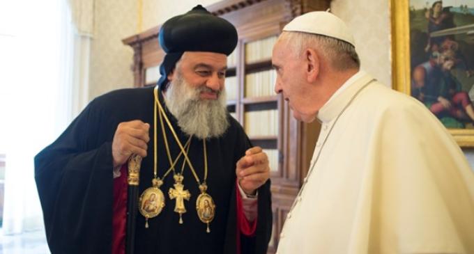 El patriarca Ignacio Ephraim II se salva de un ataque terrorista en el norte de Siria