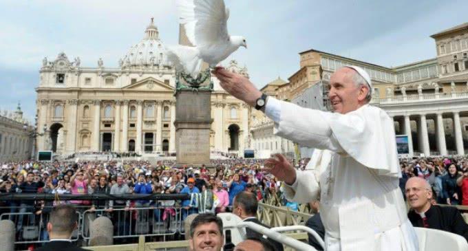 """""""No esclavos, sino hermanos"""", mensaje del Papa para la Jornada Mundial de la Paz"""