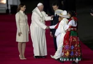 Peña Nieto recibe al Papa 2