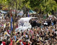 El Papa en Paraguay, última etapa de su viaje apostólico, ensalza el papel de las mujeres en su historia