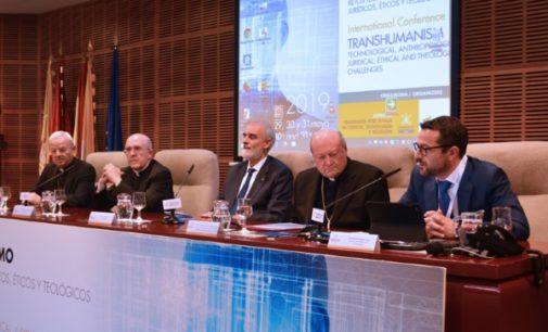 J. M. Caamaño, director de la cátedra de Ciencia, Tecnología y Religión de Comillas «Hay que prestar más atención a China»