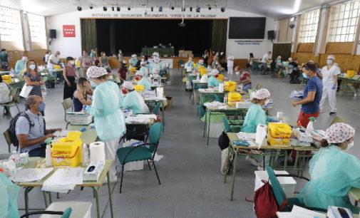 La Comunidad ha realizado hoy más de 16.000 pruebas de COVID-19 al personal de los centros docentes