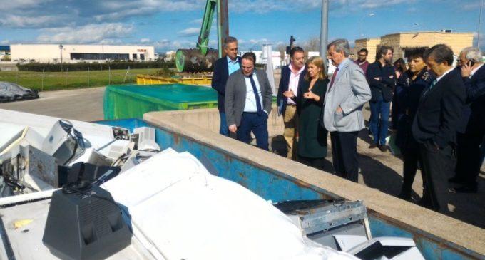 La Comunidad destina más de un millón de euros a acondicionar y mejorar los puntos limpios de la región