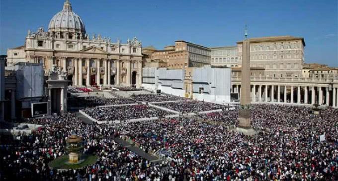 Gran participación de fieles en los encuentros con el Papa Francisco de 2014