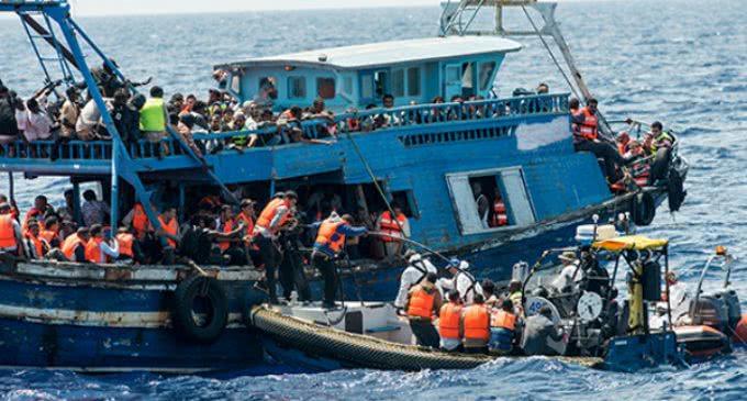 El Vaticano pide respetar la dignidad humana y profesional de los marineros