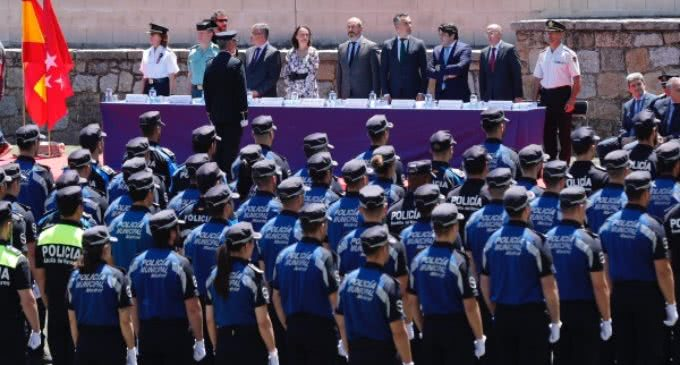 Rollán clausura los cursos de acceso, ascenso y promoción interna para policías locales de la Comunidad de Madrid