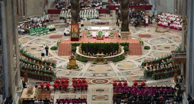 Francisco a los Padres Sinodales: »Hablad claro, escuchad con humildad, acoged con el corazón abierto»