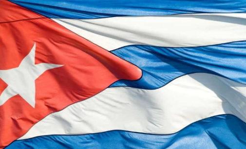 """Sacerdotes alientan a que """"rompamos las cadenas"""" frente a crisis política y social en Cuba"""