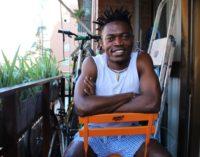 David Bingong, migrante: «El Sáhara también es un cementerio, pero no se ve»