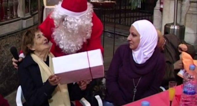«No se trata de sentar a un pobre en la mesa por Navidad. Ellos son nuestra familia»