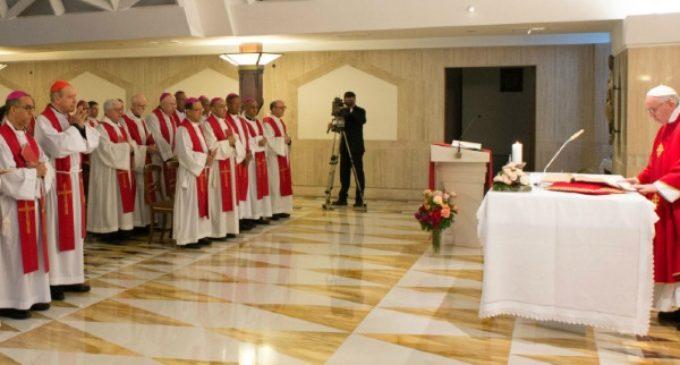 """El Papa en Santa Marta: """"La corrupción es una forma de blasfemia"""""""