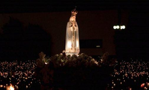Un video-mensaje del Pontífice antes de su viaje a Fátima: 'Les entregaré a todos a la Virgen'