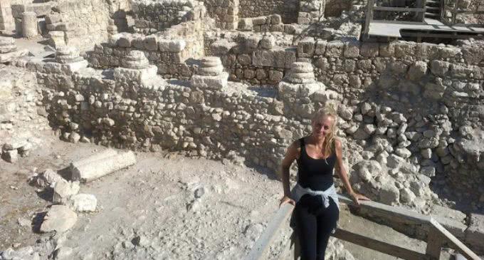 Cayetana H. Johnson, arqueóloga en Tierra Santa: «En el siglo II ya había culto cristiano en Belén»