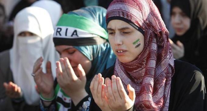 """Jóvenes cristianos se resisten a abandonar Siria: """"Este es el lugar que Dios nos ha dado"""""""