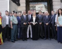 """Cifuentes expresa la """"solidaridad, apoyo, cariño y dolor"""" de los madrileños ante los """"terribles y bárbaros"""" atentados de Barcelona y Cambrils"""
