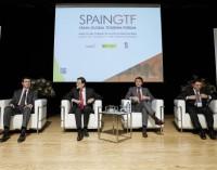 González apuesta por el turismo que ya da empleo a más de 300.000 personas