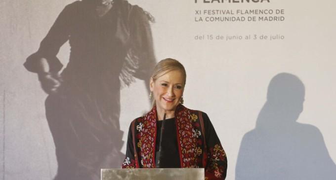 Cifuentes presenta en el Teatro Real el festival Suma Flamenca que reunirá a 47 reconocidos artistas