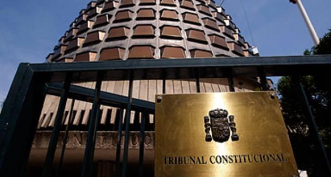 Enraizados pide al Constitucional que se pronuncie sobre los recursos de la Ley Aído tras cuatro años en silencio