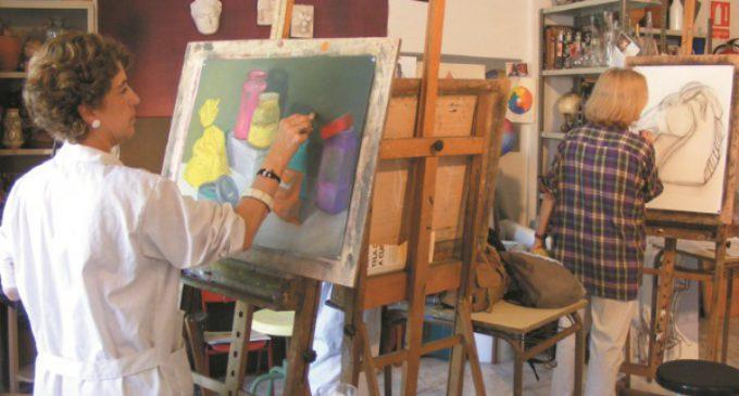 Pintura, baile, fotografía y danza, entre las opciones de Talleres Municipales para el próximo curso