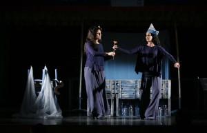 CIFUENTES, EN LA PRESENTACIÓN DEL XX FESTIVAL INTERNACIONAL DE ARTES ESCÉNICAS PARA NIÑOS Y JÓVENES, TEATRALIA La presidenta de la Comunidad de Madrid, Cristina Cifuentes, presenta la XX edición del Festival Internacional de Artes Escénicas para niños y jóvenes, Teatralia, que se desarrollará entre el 1 y el 24 de abril. En total, se han programado 18 espectáculos de teatro, danza y música, a cargo de compañías de reconocido prestigio internacional, para público infantil, a partir de seis meses, y juvenil.  Foto: D.Sinova / Comunidad de Madrid