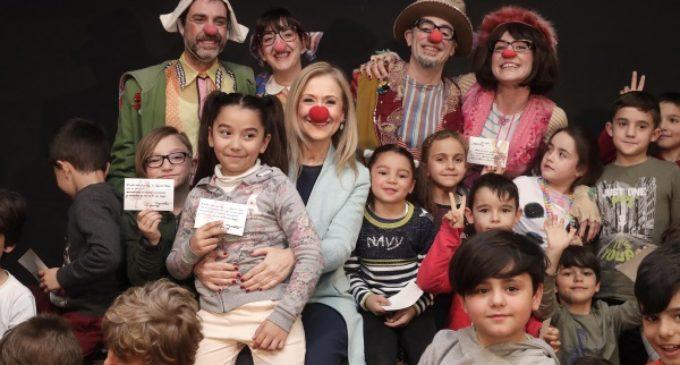 Cifuentes presenta la XXI edición de Teatralia, que llevará 24 espectáculos y 139 funciones a 31 municipios