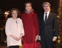Garrido participa en la entrega de los Trofeos Taurinos 2016 de la peña 'Las Majas de Goya'