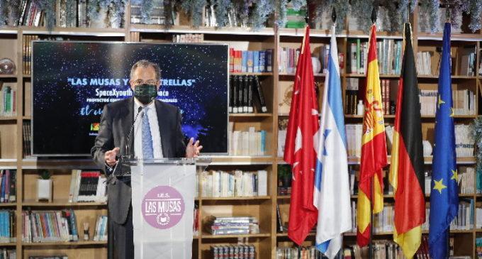 Un instituto de la Comunidad de Madrid pone en marcha un proyecto educativo para lanzar un nanosatélite al espacio