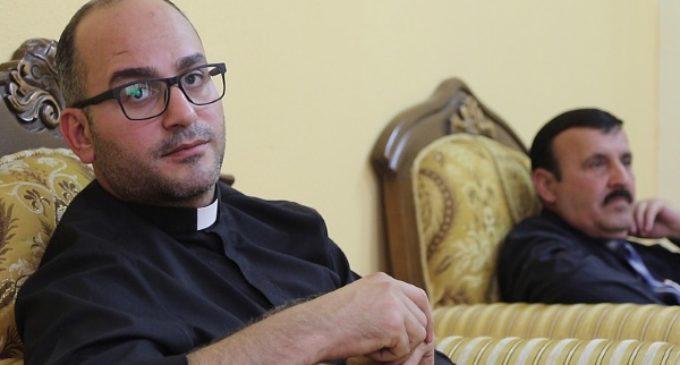 Salar Kajo, sacerdote iraquí: «Lo único seguro aquí es que los cristianos desaparecemos»