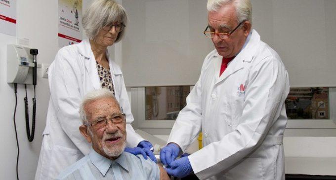 La Comunidad inicia la campaña para vacunar frente a la gripe a un millón de madrileños