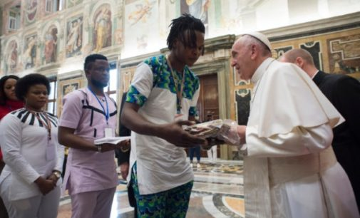 Tráfico de personas: Supervivientes se encuentran con el Papa Francisco