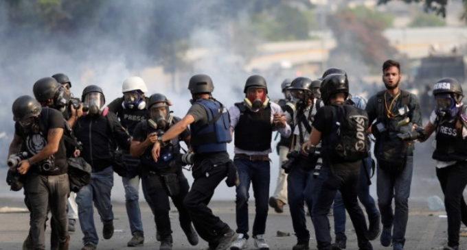 Venezuela: Los obispos condenan la muerte del capitán Acosta y el ataque a Rufo Chacón