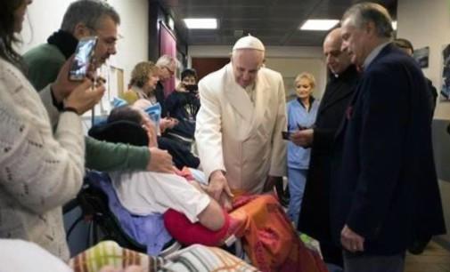 El Papa comienza sus »viernes de la misericordia»