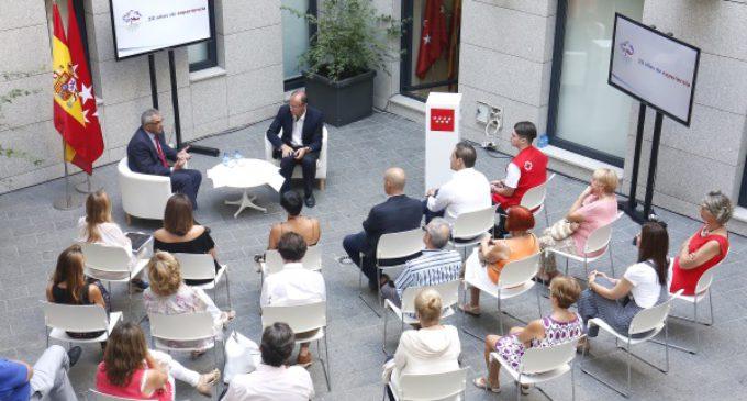 Aumentan un 19% los alumnos de la Escuela de Voluntariado de la Comunidad de Madrid