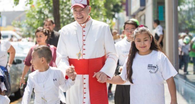 """Cardenal Carlos Aguiar: """"El cambio que tenemos que dar es que los jóvenes sean sujetos de la vida de la Iglesia"""""""
