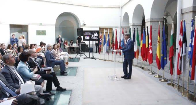 La Comunidad celebra el 30 aniversario de España en la UE con la lectura de El Quijote