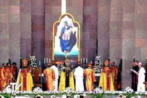 armenia. Día 3. Divina-liturgia 1