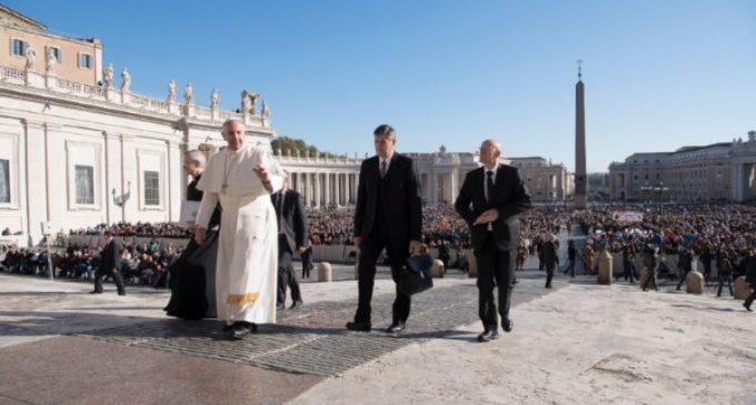 El Papa en la audiencia: 'La creación es un don maravilloso para entrar en relación con Dios'