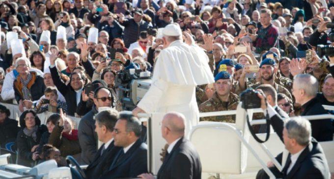 El Papa en la Audiencia General pide que nadie se sienta abandonado ni acusado
