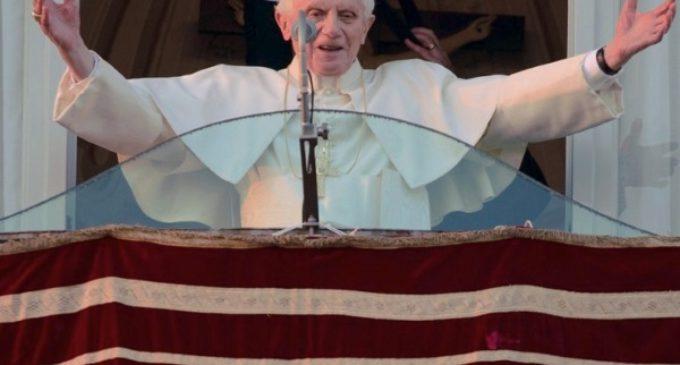Benedicto XVI cuenta su pontificado en un libro-entrevista que saldrá a la venta en septiembre