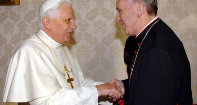 Francisco reitera la actualidad de la primera encíclica de Benedicto XVI: »Deus caritas est»