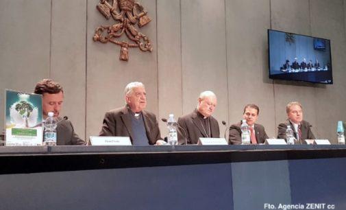 """Presentan el premio """"Razón Abierta"""" inspirado en el pensamiento de Benedicto XVI"""