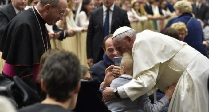 """Día Mundial contra la Trata: El Papa llama a """"unir fuerzas"""" para proteger a las víctimas"""