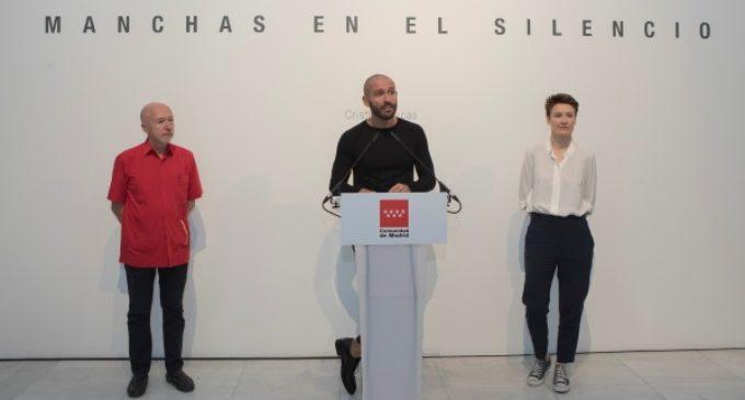 La Sala Alcalá 31 presenta la exposición 'Manchas en el silencio' de la artista Cristina Lucas