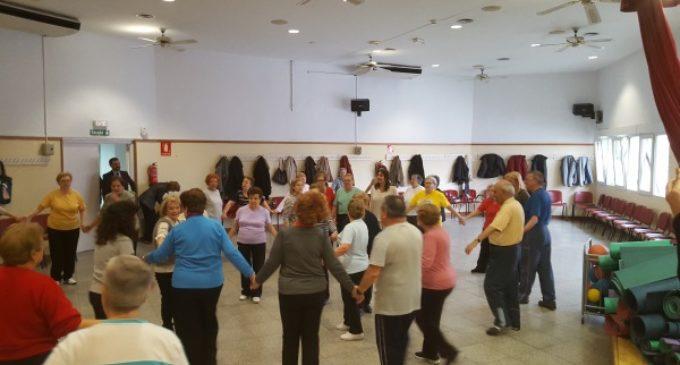 Más de 45.600 personas participan en cursos y talleres de centros de mayores de la Comunidad