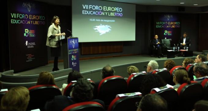 Lucía Figar inauguró el VII Foro Europeo Educación y Libertad